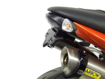 ท้ายสั้น TRIUMPH SPEED TRIPLE R&G TAIL TIDY